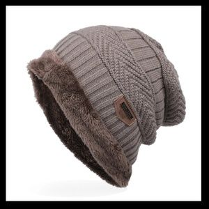 Other - Mens Knitted Hat beanie